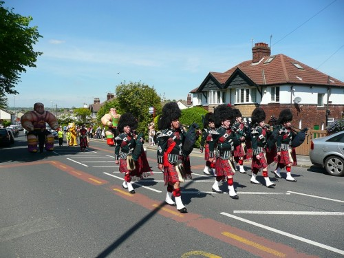 City of Leeds Pipeband at Pudsey Carnival